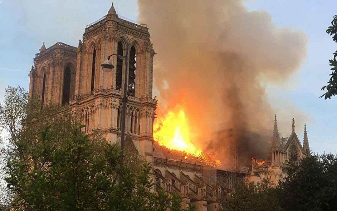 Aide pour la reconstruction de Notre-Dame